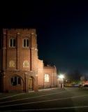 Anglikansk kyrka vid natt Fotografering för Bildbyråer