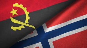 Angola en Noorwegen twee vlaggen textieldoek, stoffentextuur vector illustratie