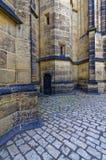 Angoli di costruzione di pietra con una porta Fotografia Stock