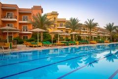 Angoli tropicali Sunny Beach della località di soggiorno tre in Hurghada Fotografia Stock Libera da Diritti