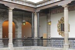 Angolo alle scale, Casa de los Azulejos, CDMX immagini stock libere da diritti