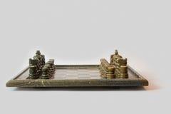 Angolo basso di pietra dell'insieme di scacchi Immagini Stock Libere da Diritti