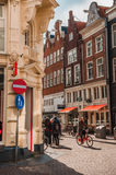 Angolo di strada del classico di Amsterdam Immagini Stock Libere da Diritti