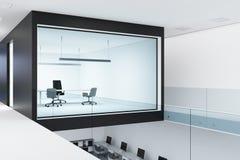 Angolo di ufficio di vetro e bianco del capo della parete Immagini Stock Libere da Diritti
