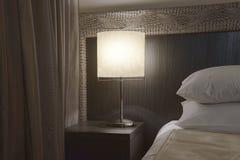 Angolo di una camera da letto moderna Immagine Stock