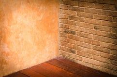 Angolo di vecchio interno concreto di lerciume Fotografie Stock Libere da Diritti