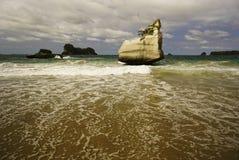 Angra da catedral em Nova Zelândia fotografia de stock