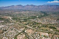 Angra de Tanque Verde e Santa Catalina Mountains Foto de Stock