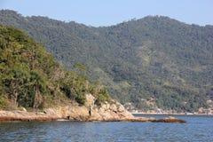 Angra DOS stora Reis och Ilha är turist- destinationer i Rio de Janeiro Royaltyfria Bilder