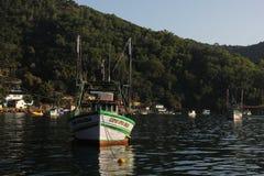 Angra DOS stora Reis och Ilha är turist- destinationer i Rio de Janeiro Royaltyfri Fotografi