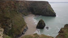 Angra ocidental Portreath Cornualha norte Inglaterra Reino Unido vídeos de arquivo