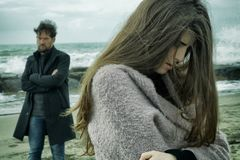 Free Angry Man Looking Sad Girlfriend After Fight In Front Of The Ocean Medium Shot Royalty Free Stock Photography - 107279257