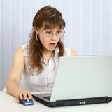 Angry woman browses websites Royalty Free Stock Photos