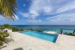 Anguilla plaże: Tłum zatoka obrazy royalty free