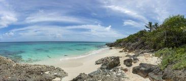 Anguilla plaże: Tłum zatoka fotografia stock