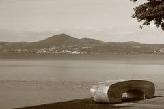 Anguillara på sjön Bracciano, Italien Arkivbild