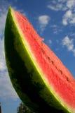 Anguria affettata con i semi dalla parte inferiore   Fotografia Stock Libera da Diritti