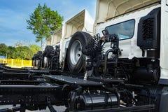 Anhänger-LKW-Transport und die logistische Fracht stockfotos