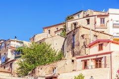Anhäufung von rustikalen Häusern Stockfotos