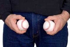 Anhalten von zwei Baseball lizenzfreie stockfotos