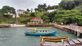 Anhatomirim-Insel lizenzfreies stockbild