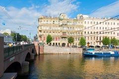 Anichkov桥梁通过Fontanka河 免版税库存图片