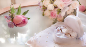 Anillo de bodas como símbolo de la boda Foto de archivo