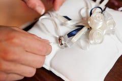 Anillo de bodas Foto de archivo libre de regalías