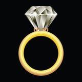 Anillo de diamante contra negro Foto de archivo libre de regalías