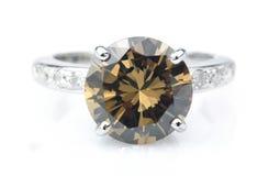 Anillo de diamante de Brown Imagen de archivo libre de regalías