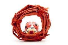 Anillo de la paja con el ladybug Fotos de archivo libres de regalías