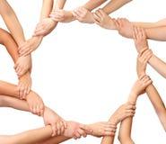 Anillo de las personas de las manos