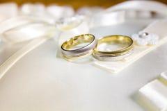 Anillos de bodas Imágenes de archivo libres de regalías