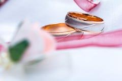 Anillos de bodas Foto de archivo