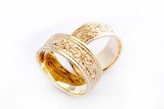 Anillos de bodas de oro Imágenes de archivo libres de regalías