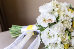 Anillos de bodas del oro luxary Imagen de archivo libre de regalías