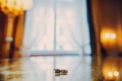 Anillos de bodas HD Fotos de archivo