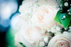 Anillos de bodas y ramo Fotografía de archivo libre de regalías