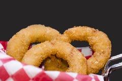 Anillos de cebolla fritos Imagenes de archivo