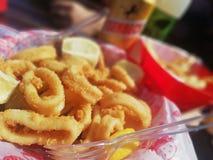 Anillos fritos del calamar foto de archivo