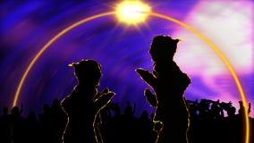 Animação que mostra povos em um salão de baile