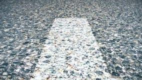 Animación abstracta del asfalto Fondo del asfalto Animación del primer del asfalto con las marcas almacen de video