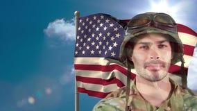 Animación de Digitaces de la situación del soldado americano contra bandera americana almacen de video