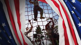 Animación de Digitaces de los soldados militares que suben la cuerda durante carrera de obstáculos metrajes