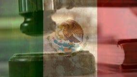 Animación de Digital de la bandera mexicana y del mazo ilustración del vector