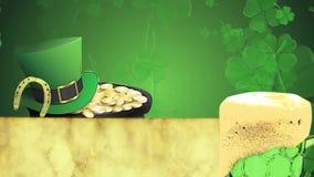 Animación del día de St Patrick, hojas del trébol que giran en el fondo con la cerveza de la choza del duende, de herradura y ver almacen de metraje de vídeo