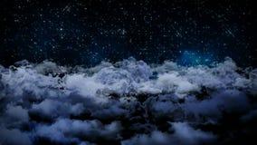 Animación inconsútil 3d de la vista aérea del cielo nocturno nublado con las nubes y la luz de la estrella que cae con la cámara