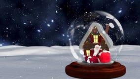 Animación linda de la Navidad de la choza y de Santa Claus en globo de la nieve contra fondo del espacio almacen de metraje de vídeo