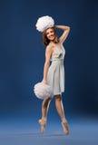 Animadora femenina del bailarín del ballet Fotos de archivo libres de regalías