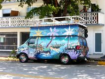 Animal pintado campervan Fotos de Stock